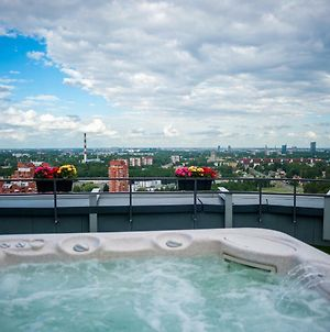 Amazing 22-23Floor Penthouse View And Spa photos Exterior
