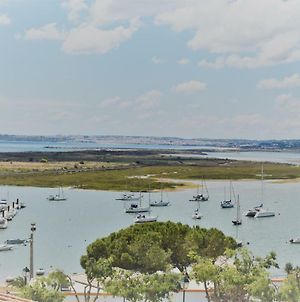 Lovely Apartment In The Centre Of Alvor With Sea And River Views photos Exterior
