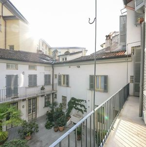 Central Location In Brescia With Garage And Balcony photos Exterior