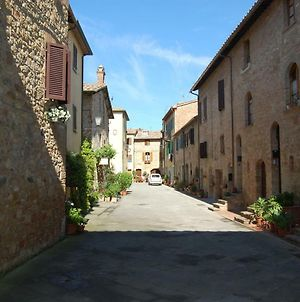 Small Lovely Home In Pienza photos Exterior