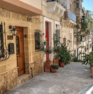 Cosy Private Townhouse In Heart Of Senglea photos Exterior