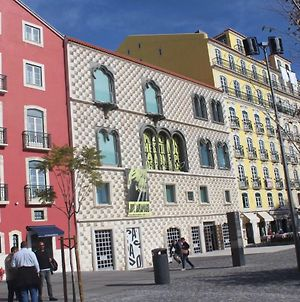 In The Heart Of Alfama- Lisbon By Foot photos Exterior