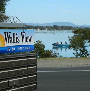 26 Wallis View - Opposite The Lake - 3 Bedroom Apartment - Sleeps 8 photos Exterior