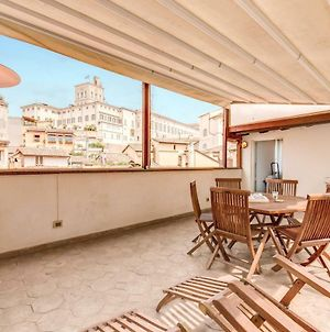 Amazing Attic In With Terrace In Fontana Di Trevi photos Exterior