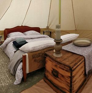 La Fortinerie Glamping Bell Tent photos Exterior