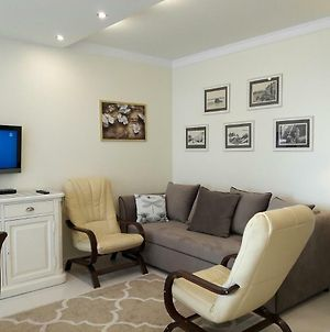 Newburg Apartments Kasprzaka photos Exterior