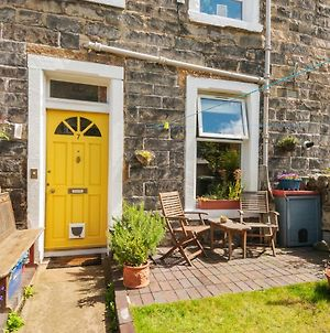 Cozy With Character - Lindean Cottage At Leith Links Park, Parking, Sleeps Up To 5 photos Exterior