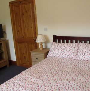 Cosy Ground Floor Disabled Friendly Room In Farm House photos Exterior