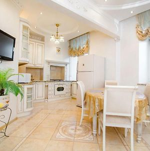 Apartment Near The Triumphal Arch photos Exterior
