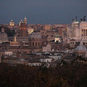 Vatican In The Moonlight Apartment photos Exterior