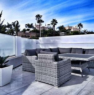 Luxury Newly Renovated Townhouse. photos Exterior