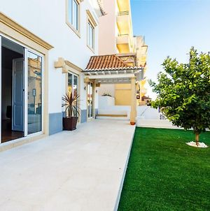 Chalet Estoril Luxury Apartments photos Exterior