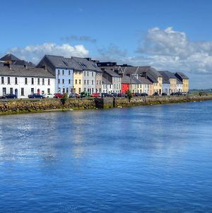 Most Photographed Street In Ireland-Best Location photos Exterior