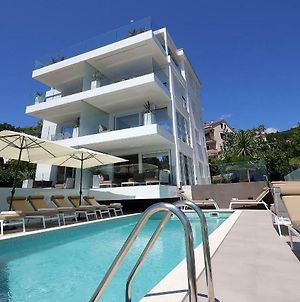 Designed Apartment With Swimming Pool Near The Beach photos Exterior