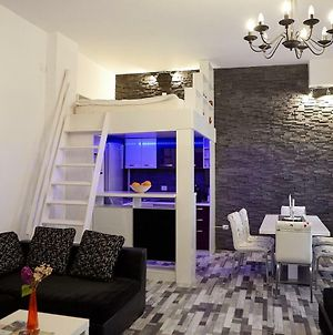 Charming White Apartment City Center Brasov photos Exterior