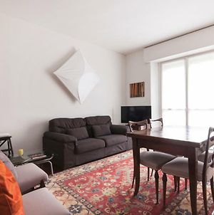 2 Bdr Lovely Flat In Front Of Bocconi University photos Exterior