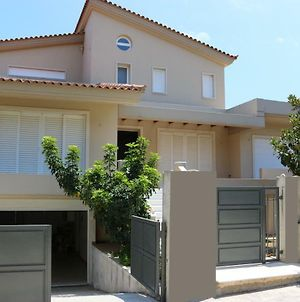75M2 House With Bbq & Parking photos Exterior