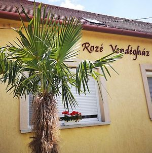 Roze Vendeghaz photos Exterior