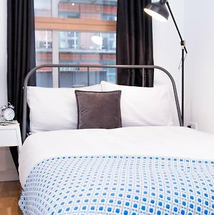 Double Bed + Private Bathroom In Manchester City Centre. photos Exterior