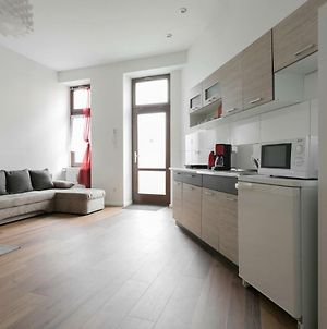City Studio Apartment For 4, Near Sonnenallee photos Exterior