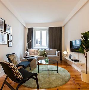 Altido Luxurious 2Br Apt With Workspace N Principe Real, Nearby Rato Subway photos Exterior