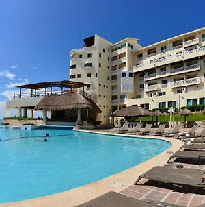 Beachfront Suite In The Best Beach In Cancun! photos Exterior