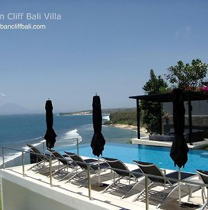 Oceanfront Suluban Cliff Bali Villa photos Exterior