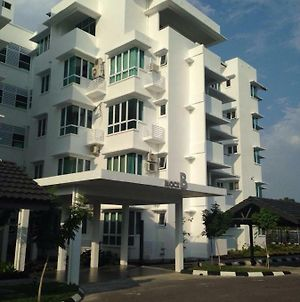 Homelite Resort Water Theme Park Condominium photos Exterior