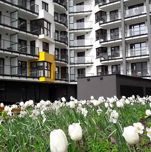 Newburg Apartments Wolska photos Exterior