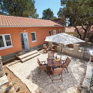 Apartments And Mobile Homes Makarska photos Exterior