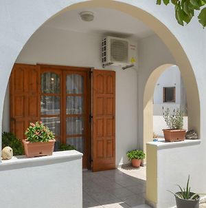 Modern Cycladic Home photos Exterior