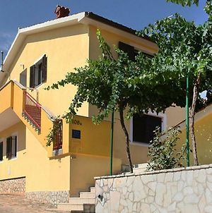 Apartment Gortan With Balcony Near Pula For Max 4 Persons photos Exterior