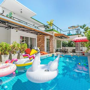 Timeless Pool Villa By Favstay photos Exterior
