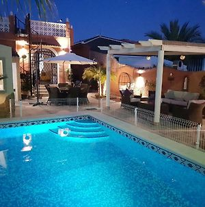 Detached Villa With Private Pool In Torrevieja photos Exterior