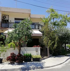 Family Nest In The Heart Of Limassol photos Exterior
