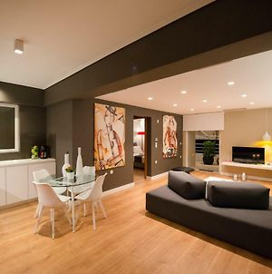 Ma Maison Nο 2, Luxury Central Suite With Parking, 15' To Acropolis By Metro, 1' From Metro photos Exterior