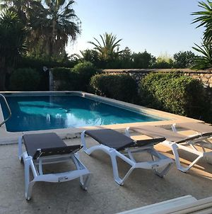 Villa 28 Marbella 8-10 People With Heated Swimming Pool Close Beach 4 Bedrooms 4 Bathrooms photos Exterior