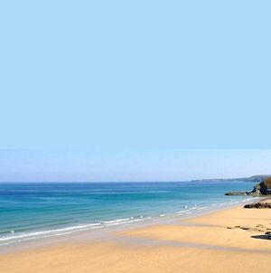 Newquay Cornwall Holiday First Floor Flat 1 Bedroom, Suit 2 Adults 2 Mins From Beach & Town photos Exterior