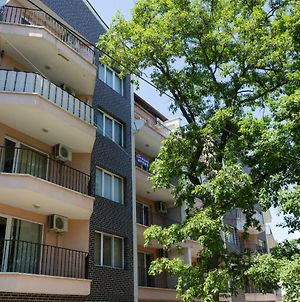 Riviera Park, Golden Sands | One Bedroom Chic Apartment photos Exterior