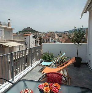 Acropolis Monastiraki Newly Renovated Apartment photos Exterior