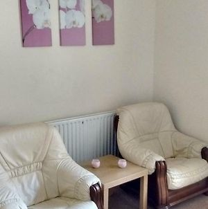Derwent Street Apartment 1 - 3 Bed Self Catering Apartment - Self Contained - 1 Double & 2 Single Rooms photos Exterior
