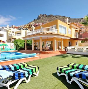 Villa With Private Pool And Magnificent Views photos Exterior