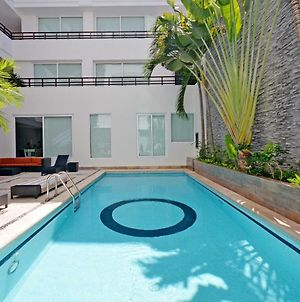 Stylish 2 Bedroom A Few Steps To The Beach With 2 Pools By Happy Address photos Exterior