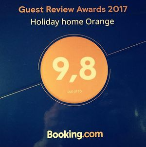 Holiday Home Orange With Heated Pool And Parking photos Exterior