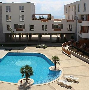 Apartments In Las Brissas photos Exterior