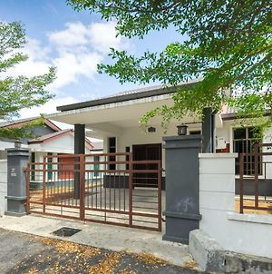 Desa Cheng Homestay photos Exterior