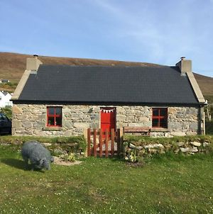 The Old Beach Cottage, Achill photos Exterior