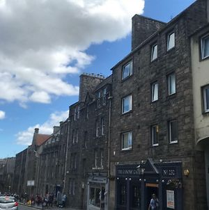 Crags View Apartment On The Royal Mile photos Exterior