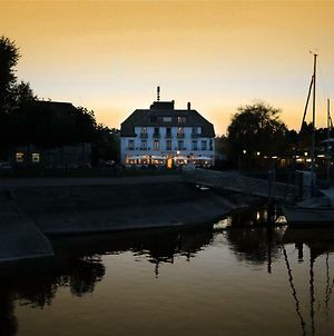 Ringhotel Schiff Am See photos Exterior
