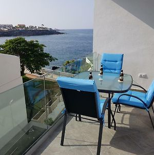 Chalet With Sea Views And Free Parking photos Exterior